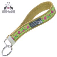WRISTLET KEYCHAIN - PINK AND FUSCIA FLOWER MEADOW ON APPLE GREEN